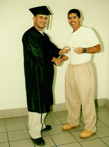 David Muniz Graduates